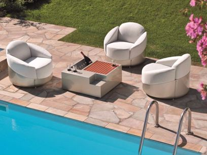 Dacron® garden armchair with removable cover
