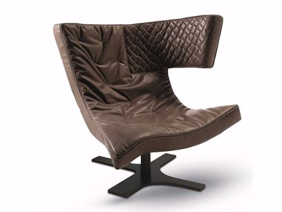 Leather armchair with 4-spoke base