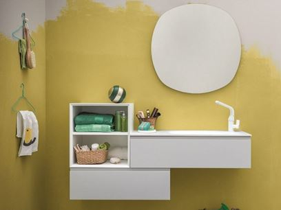 Lacquered wall-mounted vanity unit