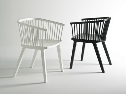 Beech restaurant chair with armrests