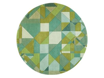 Round wool rug with geometric shapes