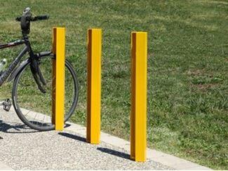 Aparcamiento de bicicletas / bolardo en acero