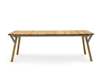 Extending wooden table